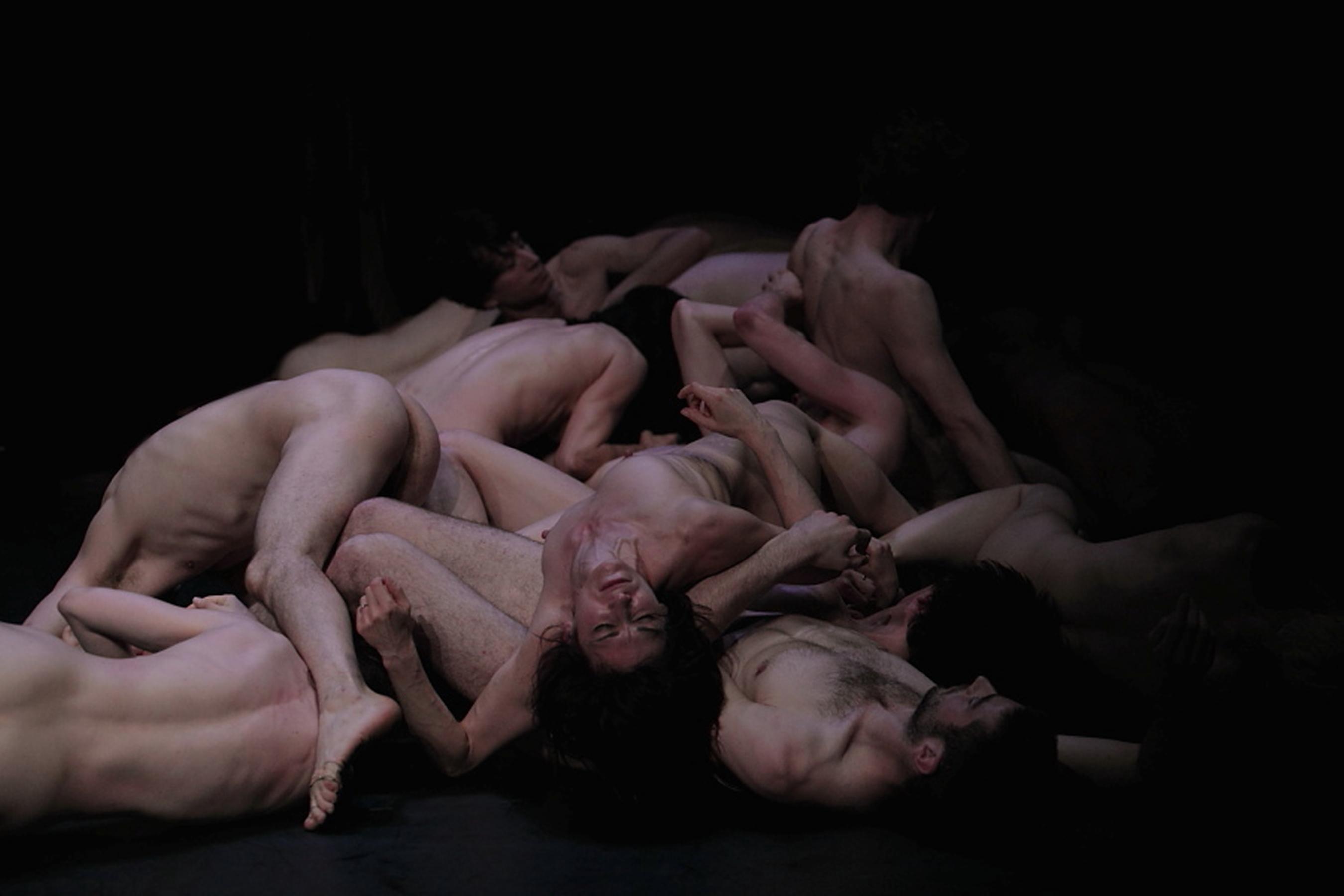 Constructeurs de corps noirs nus